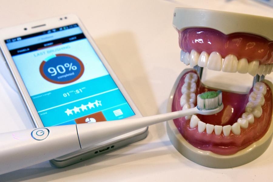 el-primer-cepillo-dientes-conectado-internet